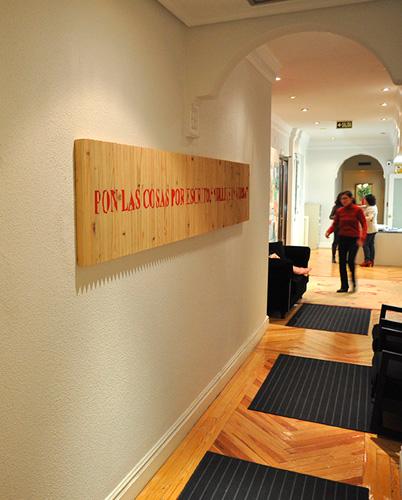 Cuadros para decorar oficinas decoracion oficina para - Decoracion despacho abogados ...